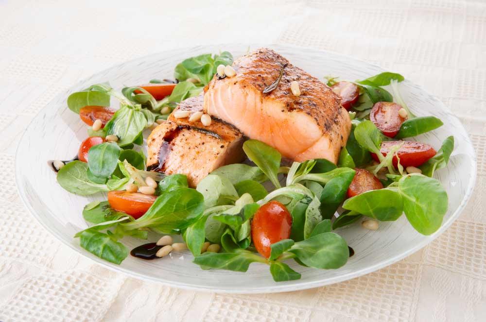 Salmone - la fonte di Omega 3 e l'olio di pesce